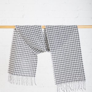 Classic Houndstooth Scarf Grey